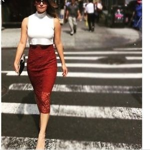 Zara brick red lace pencil skirt blogger fave
